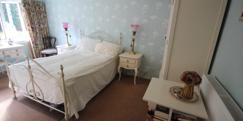 Cedar Lodge Master Bedroom 1